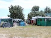 Палатки в кемпинге на Федотовой косе